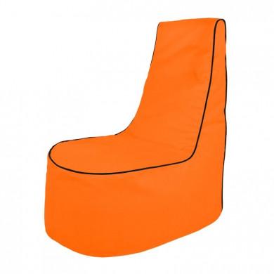 Orange Sitzsack Sessel Draußen Junge